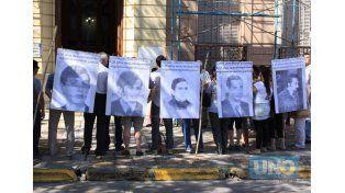 Adhieren a la convocatoria a participar de la sentencia en la causa Área Paraná
