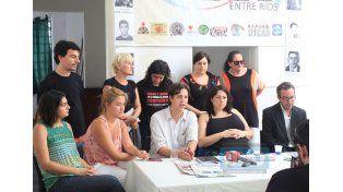 Convocaron a convocó a festival popular para recibir la sentencia (Foto UNO/Juan Ignacio Pereira).
