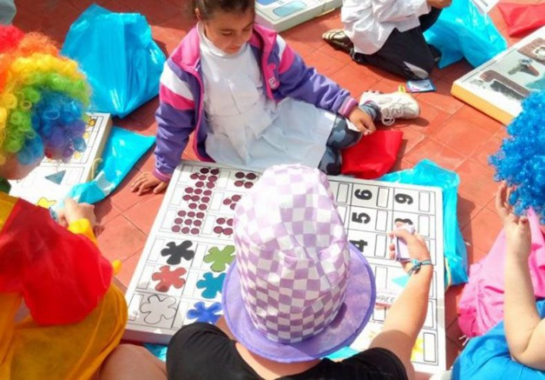 Solidarios. Los alumnos se propusieron ayudar a otros.  Foto: Gentileza/Paralelo32