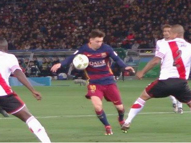 ¿Hubo mano de Messi en la apertura del marcador?