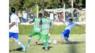 Don Bosco ganó y se queda en Primera