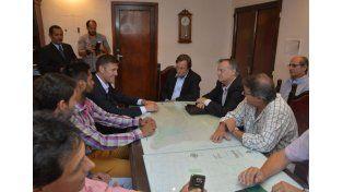 El presidente municipal recibió a la delegación Santa en su despacho.  Foto UNO/Mateo Oviedo
