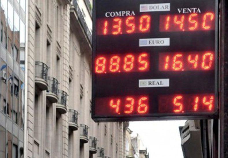 La dólar abrió la jornada en los mismos valores que ayer