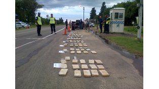 Dos detenidos al intentar transportar un cargamento de droga