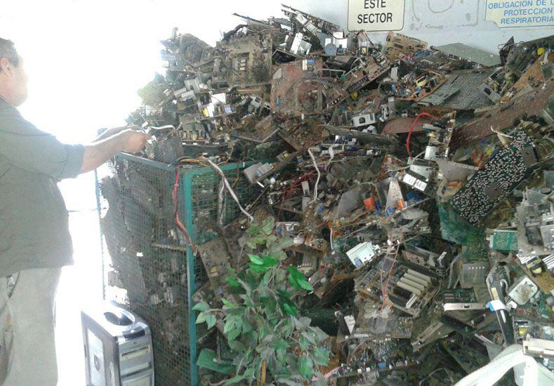 Ejemplo. La planta de reciclado de Chajarí es una de las más avanzadas.