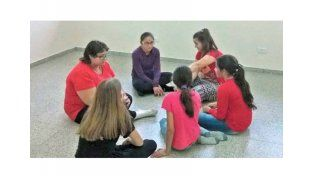 Valle María acerca a sus chicos al teatro y el arte