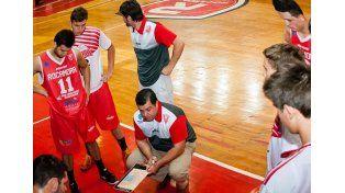 Rocamora. El equipo de Santander recibe hoy a Deportivo Viedma.