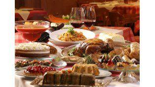 Ritual tradicional. La reunión en torno de la mesa es parte de la celebración en las Fiestas.