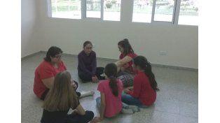 Iniciativa  en Valle María que acerca a sus chicos al teatro y el arte.