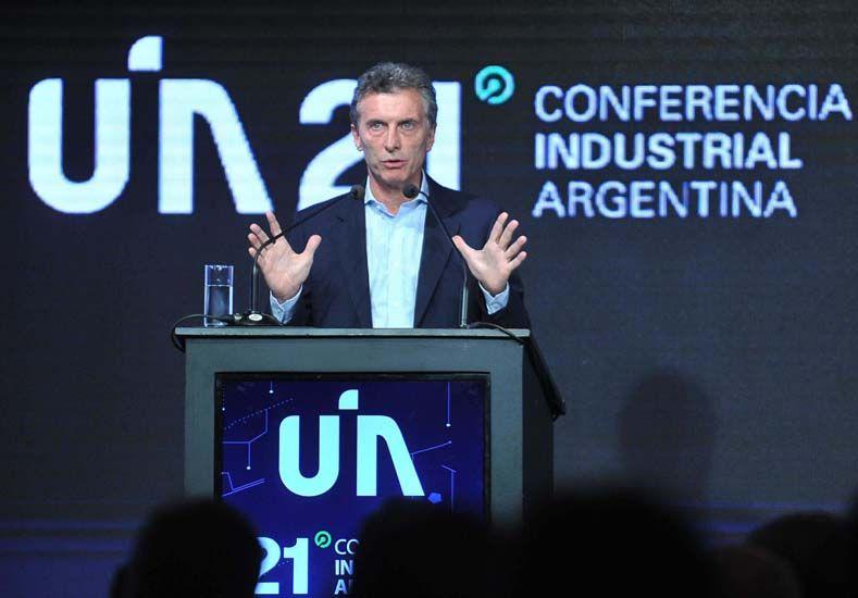 Macri anunció la eliminación de las retenciones a las exportaciones industriales