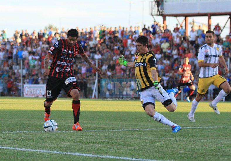 El delantero concordiense tendrá su primera experiencia deportiva fuera del país en 2016. Foto UNO/Diego Arias