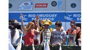 Emocionado. Se lo pudo ver emocionado en la zona del podio junto a sus seres querido. ¡Felicitaciones Gurí!   Foto  Gentileza/Laura Cano