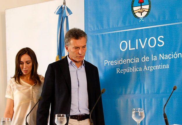 Macri arrancó su gestión firmando 29 decretos