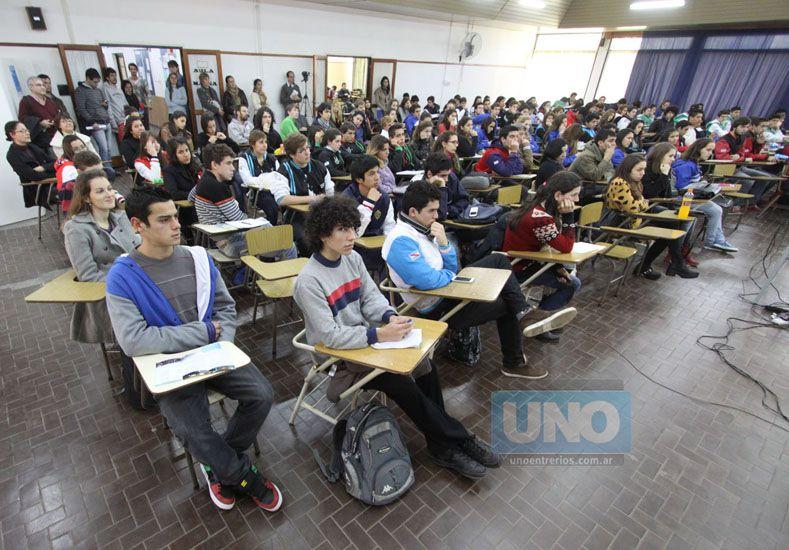 Juan Ignacio Pereira/ La jornada del Ingresante 2014 se llenó de estudiantes.