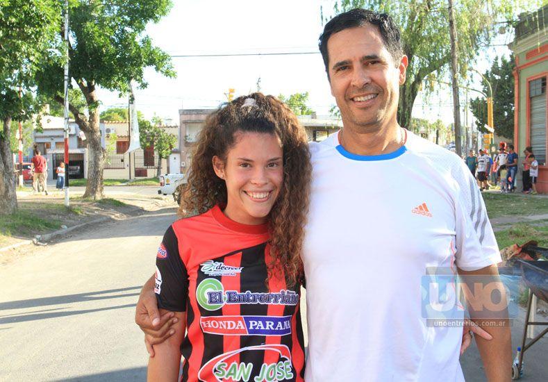 Desde el Centro también llegaron. Posan los González.     Foto UNO/Juan Ignacio Pereira