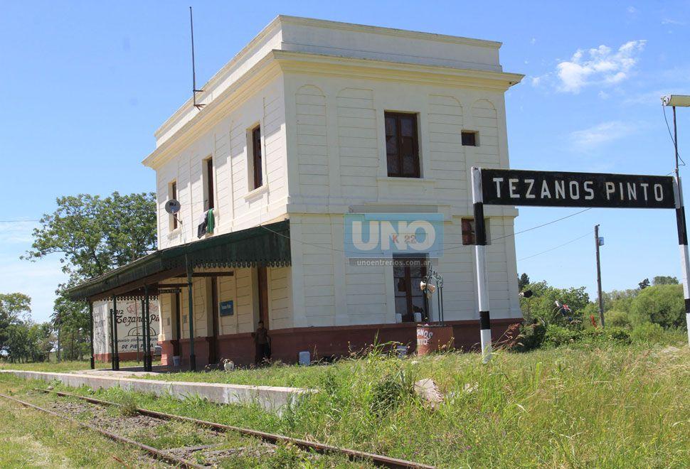 La Estación de tren usurpada.    Foto UNO/Juan Ignacio Pereira