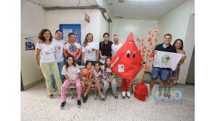 """Acto de amor. """"Donar sangre es regalar vida en vida y muchos chicos lo necesitan"""""""
