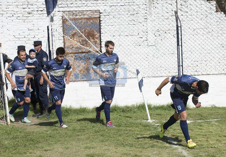 Universitario se mide con Unión y va por la gloria para cortar con la seguía. (Foto UNO/Juan Manuel Hernández)