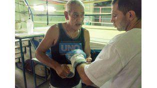 Va el 11. Wenceslao Mansilla finalmente no peleó ayer y su combate ante Barros pasó para el viernes 11 en Ministerio.  (Foto UNO/Mateo Oviedo)