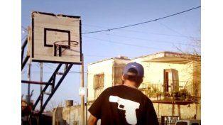 Mirar videos, andar en skate y escuchar rap en vivo