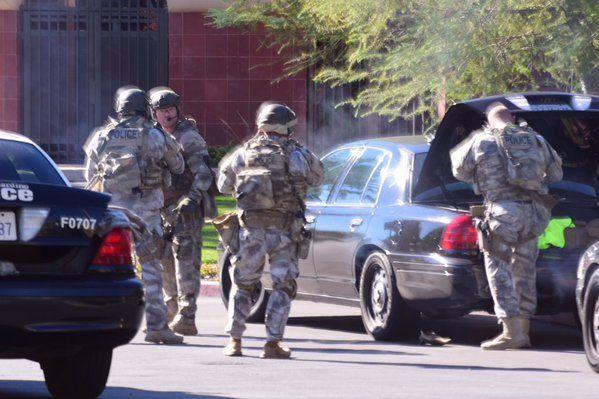 Al menos 20 heridos por un tiroteo en San Bernardino, California