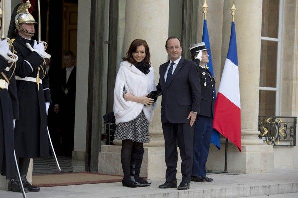 Hollande felicitó a Cristina por haber permitido a la Argentina levantarse