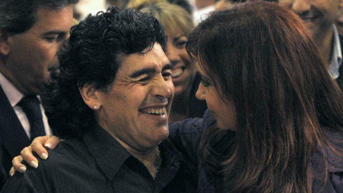 Diego Maradona le envió un regalo a Cristina Kirchner