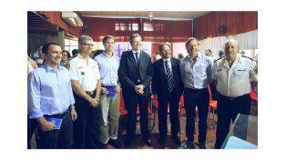 Gualeguaychú presentó un botón antipánico creado por personal de la policía departamental