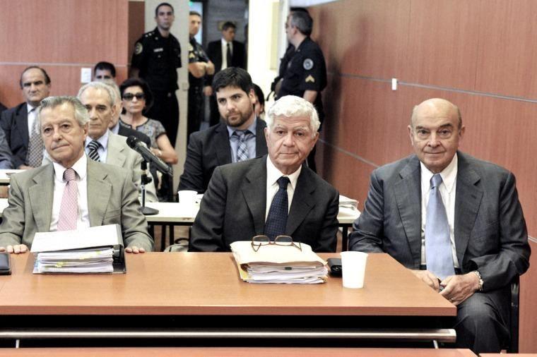 Menem, Cavallo y Granillo Ocampo condenados por sobresueldos e inhabilitados para ejercer cargos públicos