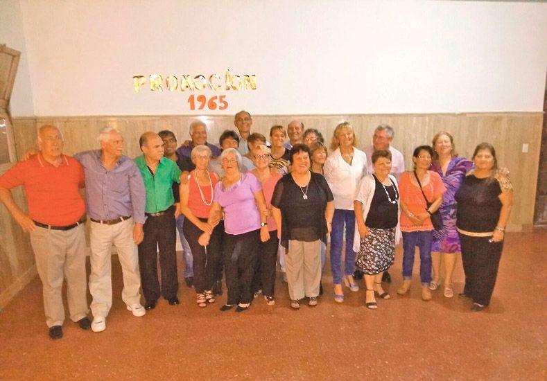 Alegría.  Una veintena de exalumnos de la Promoción 65 disfrutó de una semana de muchas actividades.