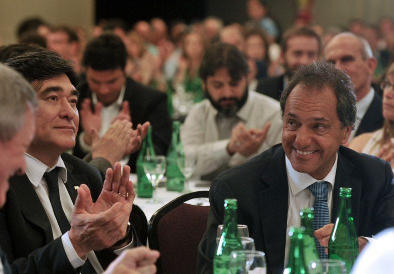 Reconocimiento. Existe acuerdo en reconocer el desempeño de Scioli como candidato.