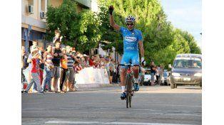 Fue el más veloz. El uruguayo Jorge Bravo (Schneck Alas Rojas) se quedó con la primera etapa de la competencia.