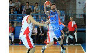 El récord positivo de 9 partidos ganados y 7 perdidos lo acompaña al Centro Juventud Sionista.  Foto UNO/Diego Arias
