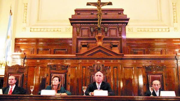 La Corte declaró inconstitucional el recorte de la coparticipación