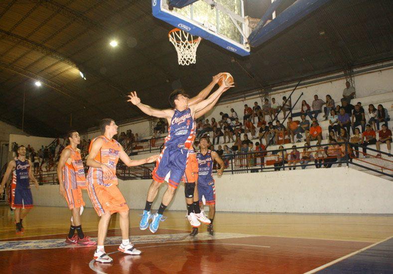 El equipo de Santiago Vesco se quedó con el primer chico por 80 a 50.