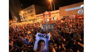 Festejos. Cambiemos amplió la diferencia en la provincia.  Foto UNO/Diego Arias
