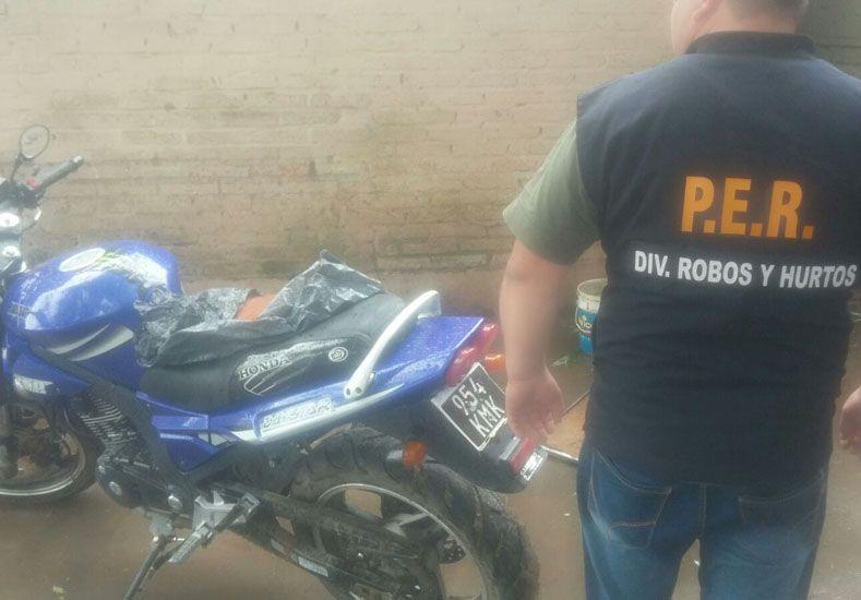 Pesquisa. El secuestro de una moto derivó en el procedimiento.