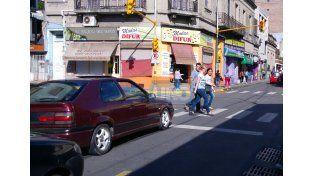Intersección. Ahora es más fácil cruzar por las esquinas.