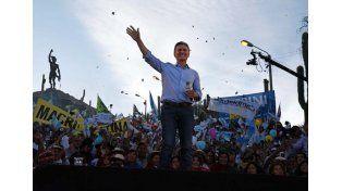 Macri cerró su campaña en Humahuaca al grito de ¡cambiemos!