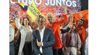 Scioli dijo que el domingo se elige entre un creído de barrio Parque y un trabajador nacido en Villa Crespo
