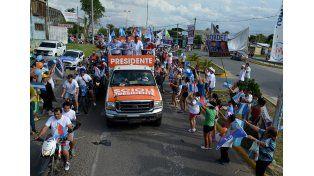 Scioli visitó Paraná e instó a no volver a entregar la patria