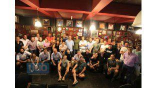 Los encargados del rugby Infantil del CAE hicieron un cierre en el pub de la sede central.