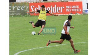 Matías Quiroga jugó como titular en los últimos dos encuentros de la fase regular.  Foto UNO/Diego Arias