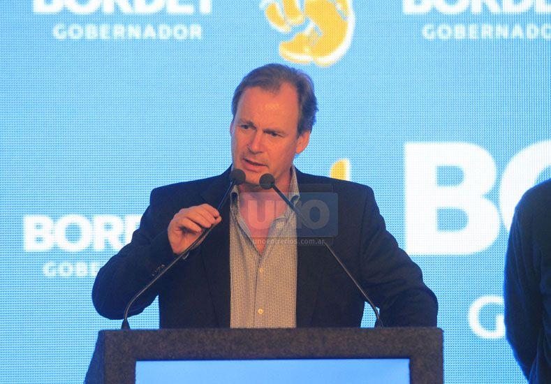 """Bordet: """"Scioli asegura que no va haber devaluación, ni recortes de subsidios"""""""