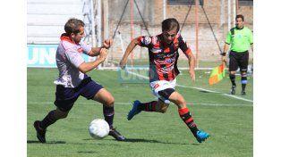 Atlético Paraná se quedó con el clásico y se metió en semifinales