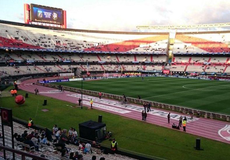 Argentina no aprovechó e igualó ante Brasil