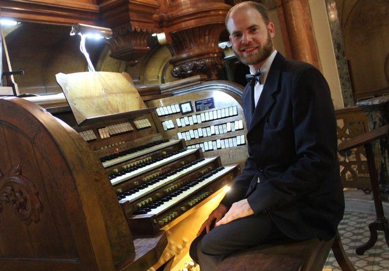 Trayectoria. Sagreras es organista de tres importantes iglesias de Buenos Aires.