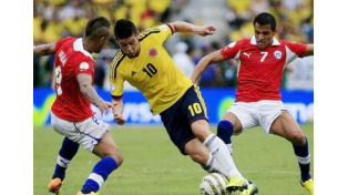 Chile, invicto en el certamen, recibe a Colombia