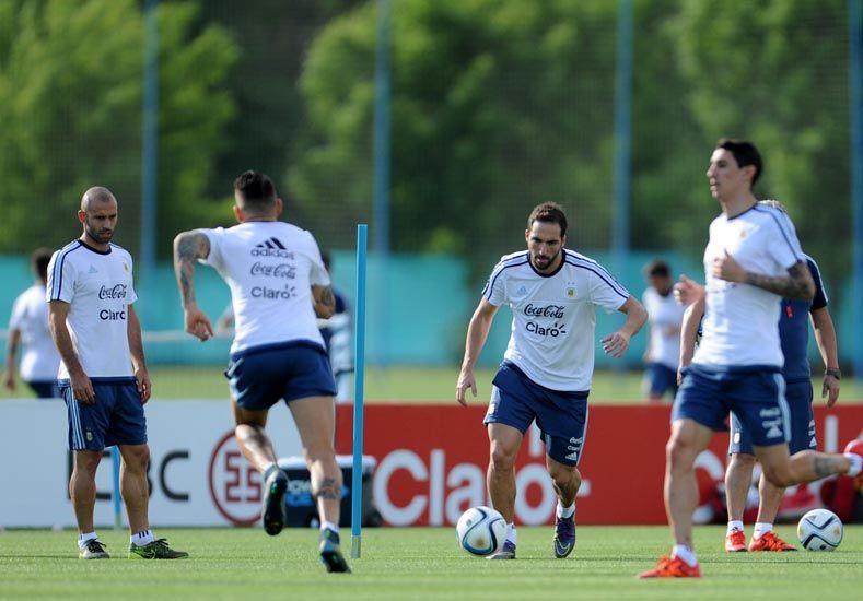 El equipo argentino viene de una derrota y un empate en sus dos primeras presentaciones.   Foto: Télam