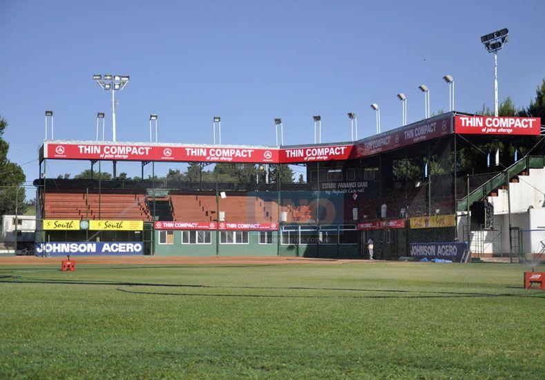 En el Estadio Nafaldo Cargnel se jugarán algunos partidos en las diferentes categorías.  Foto UNO/Mateo Oviedo